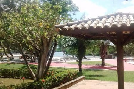 Casa em condomínio fechado em Barra de Jacuipe - Jacuípe - Haus