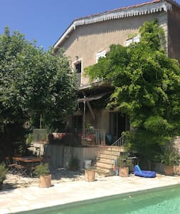 Large winemakers house with pool - Neffiès