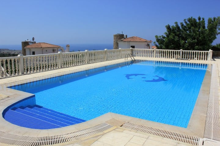 Sunset Valley 26- 3 bed villa with pool & seaviews