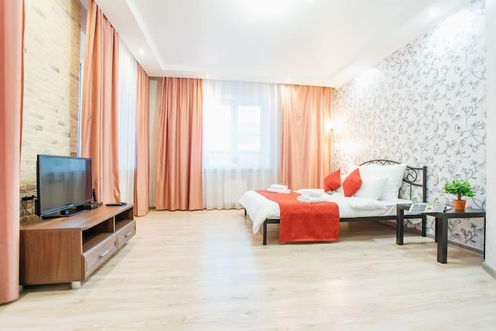 1к квартира в новом доме тихого района города!
