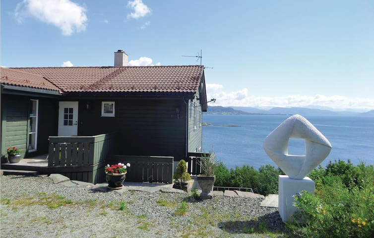 Holiday apartment with 1 bedroom on 60 m² in Os