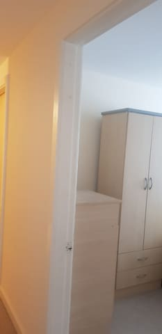 1 double bedroom avail in flat near manchestr town