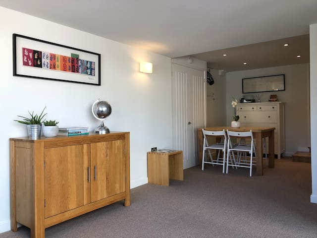 The Garden Apartment, Lilliput/Sandbanks, Poole