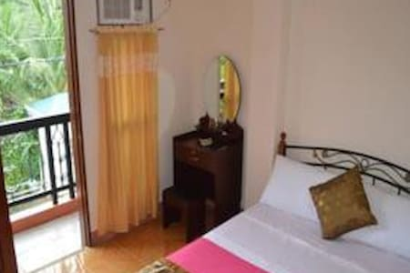 Double Bed Room with Balcony - Talisay City