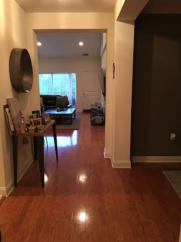 Beautiful & Modern 1 Bedroom +Loft! - Perth Amboy - Appartamento