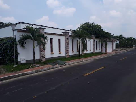 ACACIAS HABITACION # 3 Casa Campestre en cond.