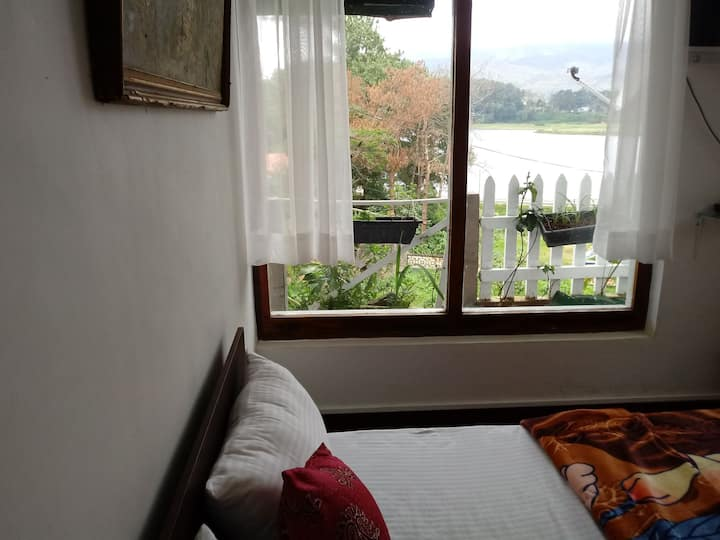 Room no 2 Double at 1st Floor with lake view