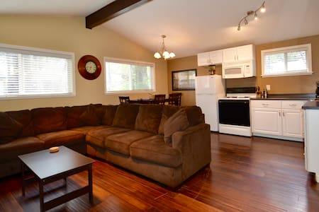 6 Family Friendly, Updated Condo