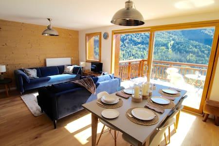 Chalet Belvedere, next to ski station sleep 6