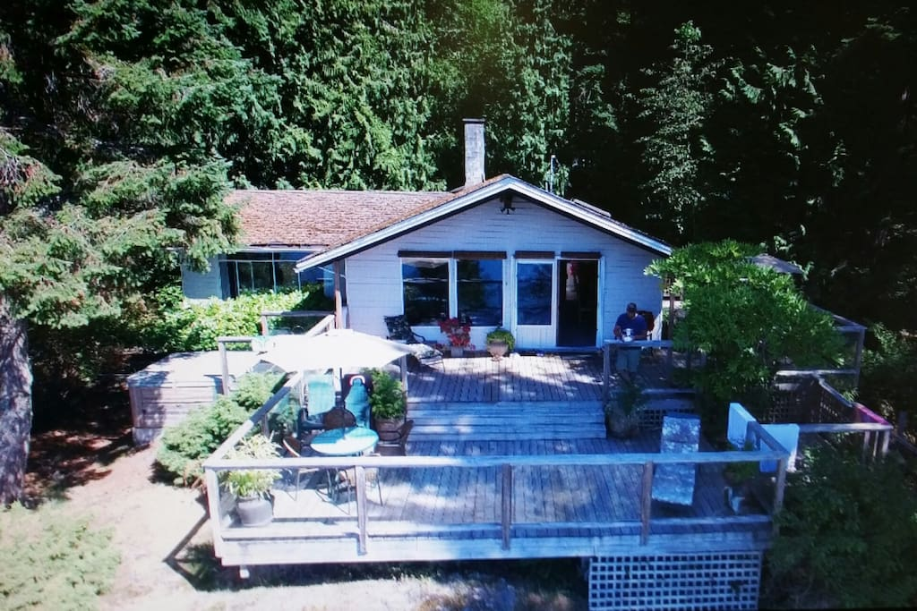 Drone shot of cottage