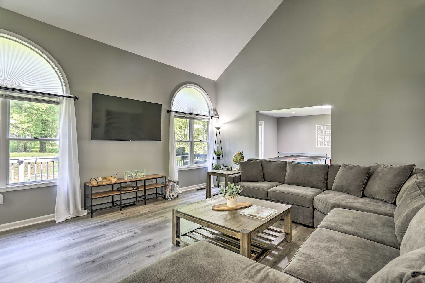 There's ample space for everyone to kick back under the vaulted ceilings.