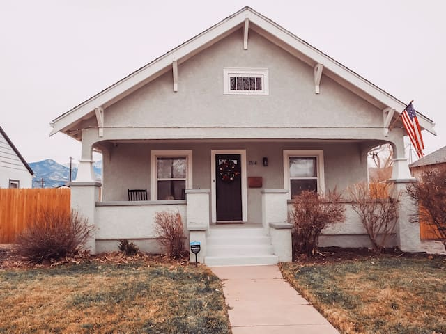 Cozy and Cute Old North End Bungalow