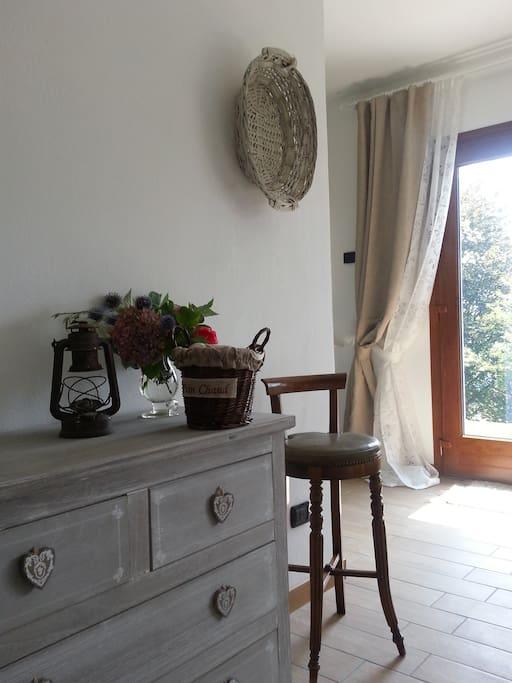 shabby chic studio como lugano h user zur miete in. Black Bedroom Furniture Sets. Home Design Ideas