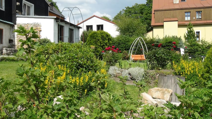 Apartement in Ore mountains (Ap. 1) - Horní Blatná - Bed & Breakfast