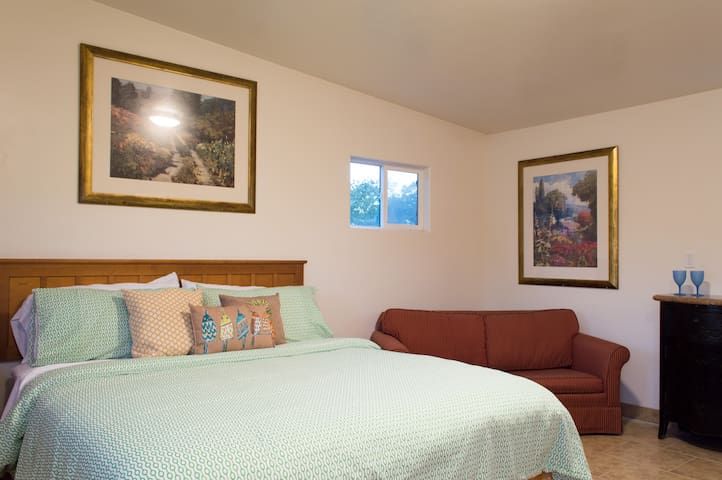 Carpinteria Studio Beach Rental