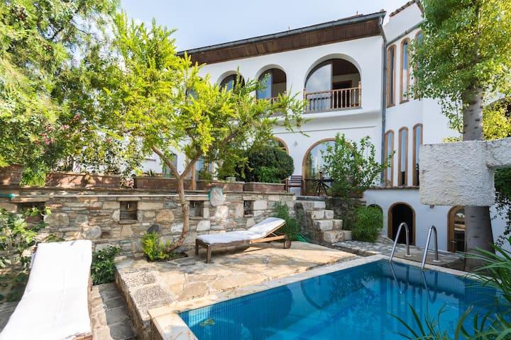 St John's House,  Ephesus Holiday Rentals