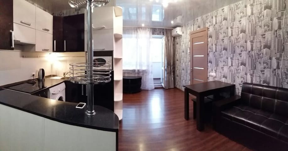 Квартира с 2 спальнями в центре - Владивосток