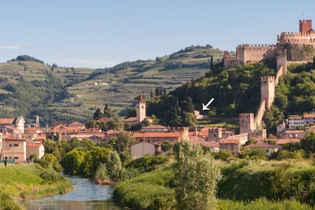 "Indipendent House ""Al Castello"" - Soave"