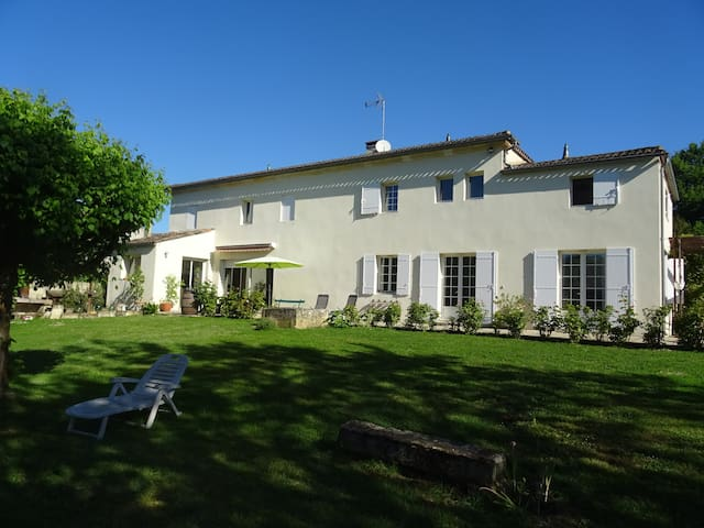 Bed & Breakfast near Saint-Emilion - Sainte-Terre - Haus