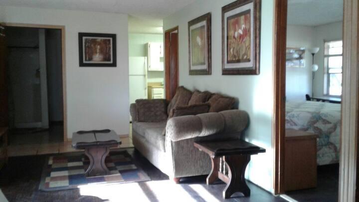 Live Oak Deck Apartment