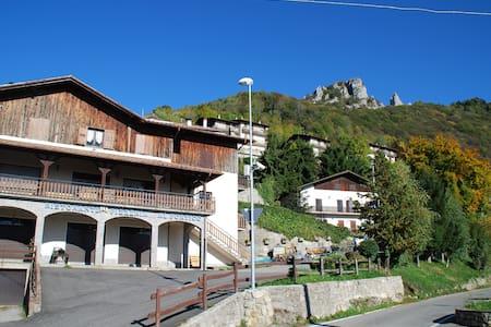 trilocale in montagna ad Amora - Amora