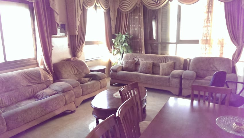 Charming amazing view apartment - Ramallah - Apartment