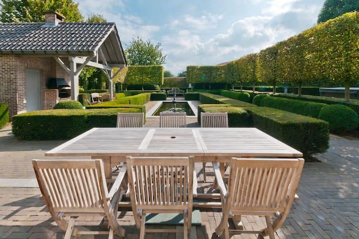 't HOF VAN KALENBERG - Limburg - Villa