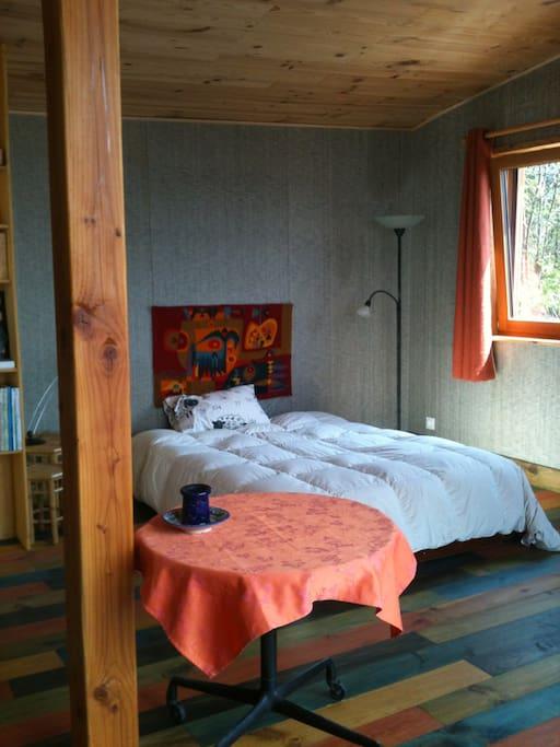 7) chambre et lit en 140