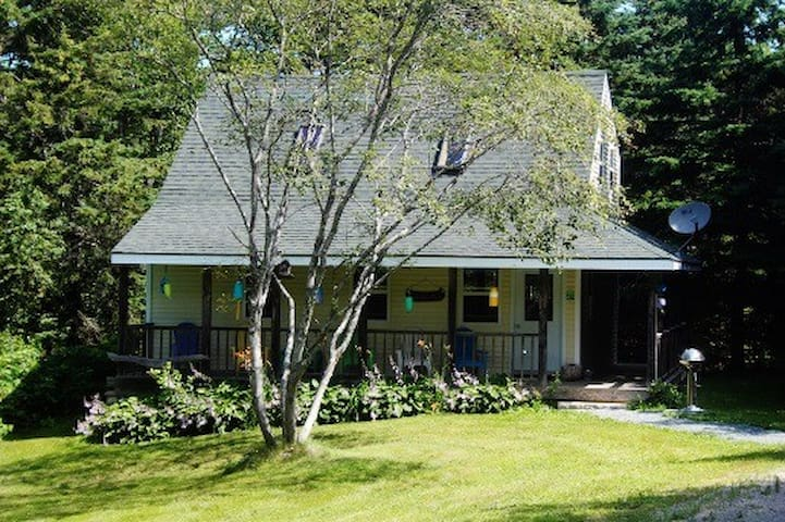 (URL HIDDEN) - Deer Isle - Cottage