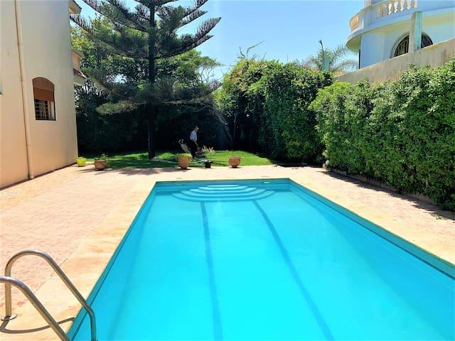 Villa spacieuse piscine privée 1 min de la plage