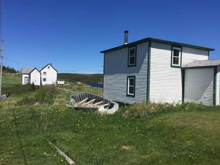 Oceanfront - Near L'Ase aux meadows Viking Site