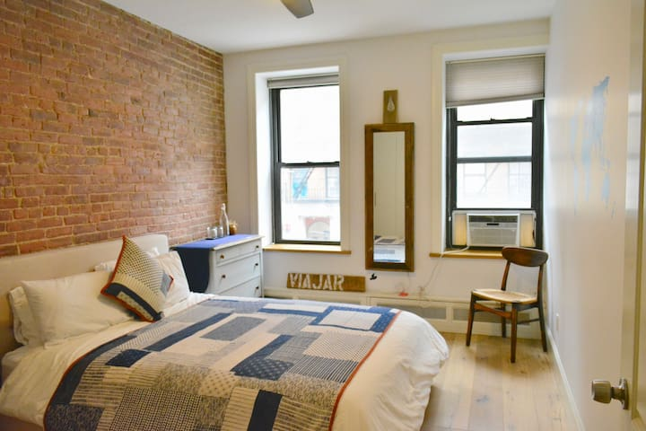 Room in Bright and Spacious East Village Apartment