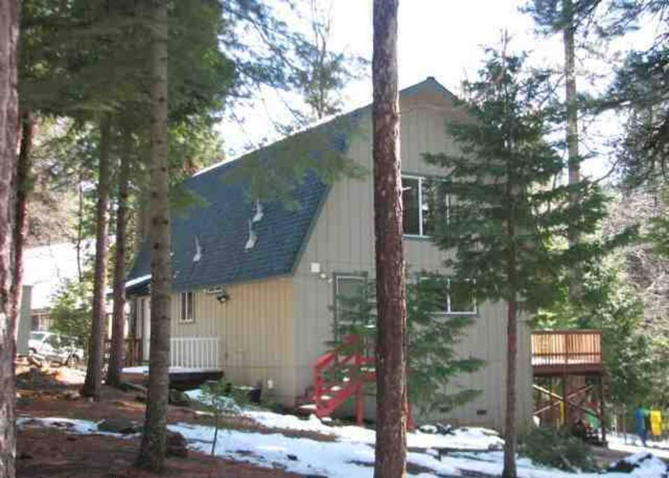 Beautiful Sierra Vacation House just minutes from Twain Harte