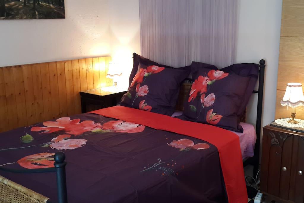 chambre 1, lit double pour 2 personnes
