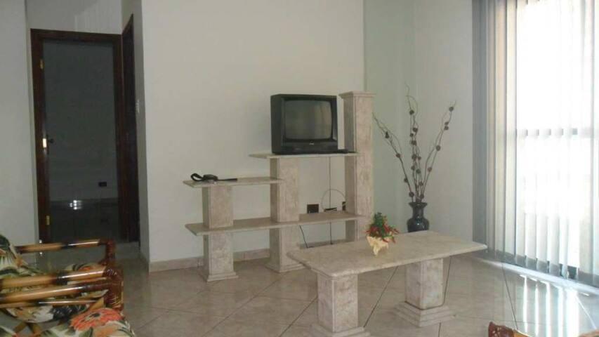 Alugue apartamento na Praia Grande - Vila Tupi