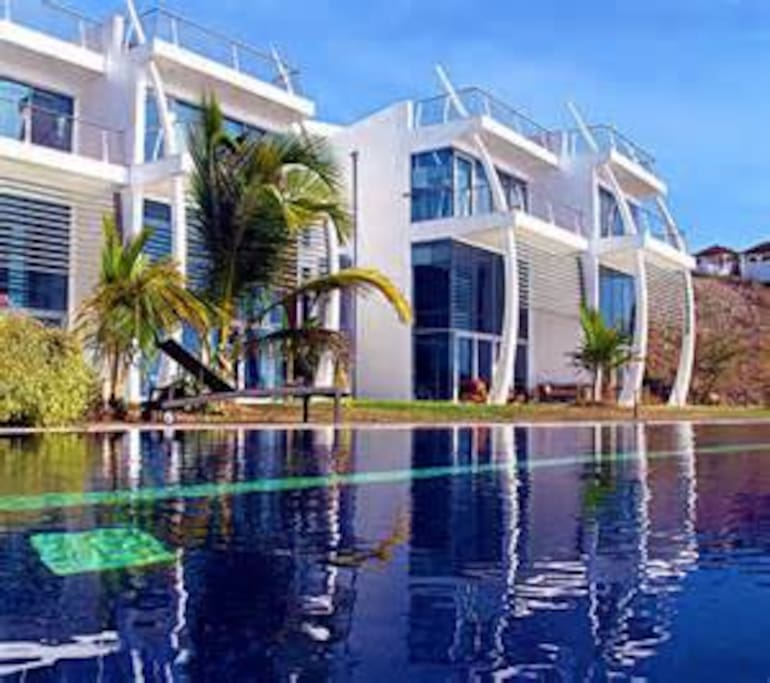 Prickly Bay Waterside Spinnaker 11 Apartments For Rent