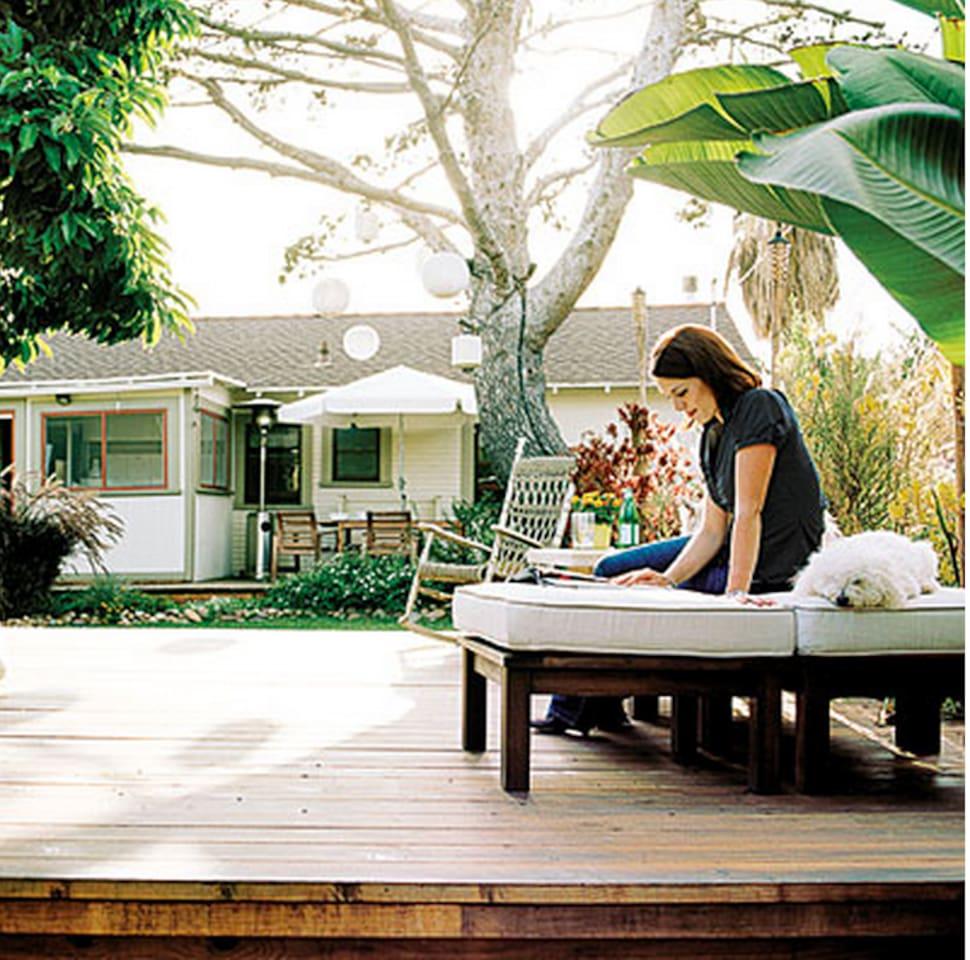 Beautiful Garden Surrounds Classic Bungalow