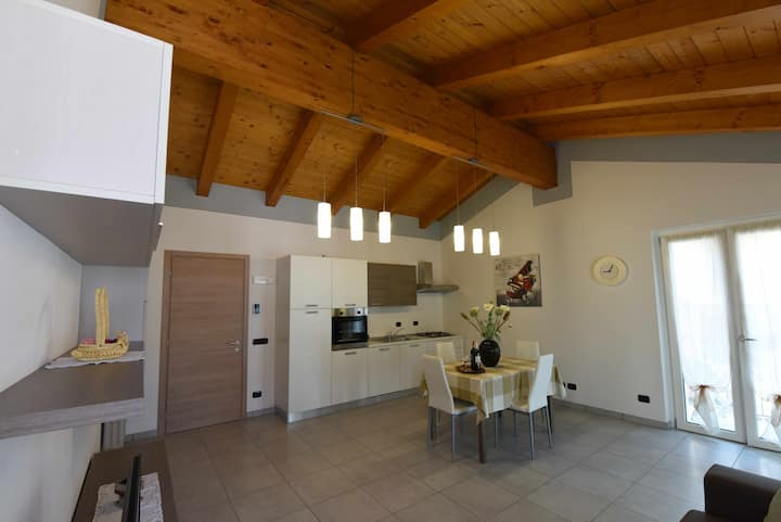 In Piazzetta Holiday Apartments, Barolo - App. A