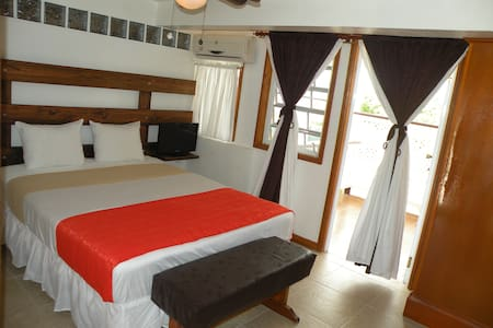 Papaya Inn, comfortable & relax - Oranjestad