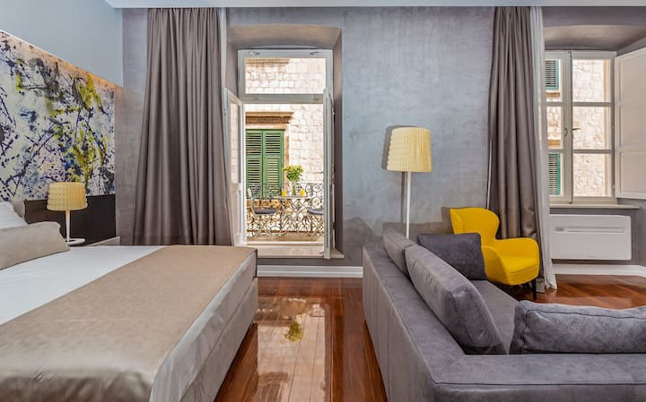 """Dubrovnik PALACE Old Town - """"W Apartment"""""""