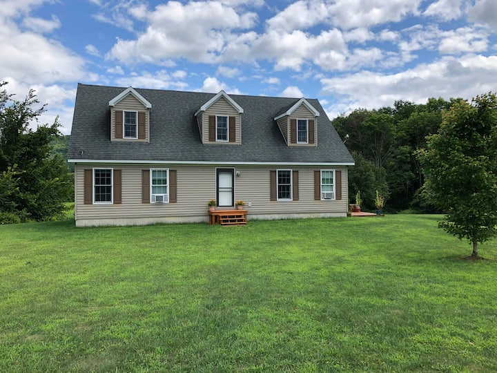 Four Bedroom Country House Close to Cooperstown