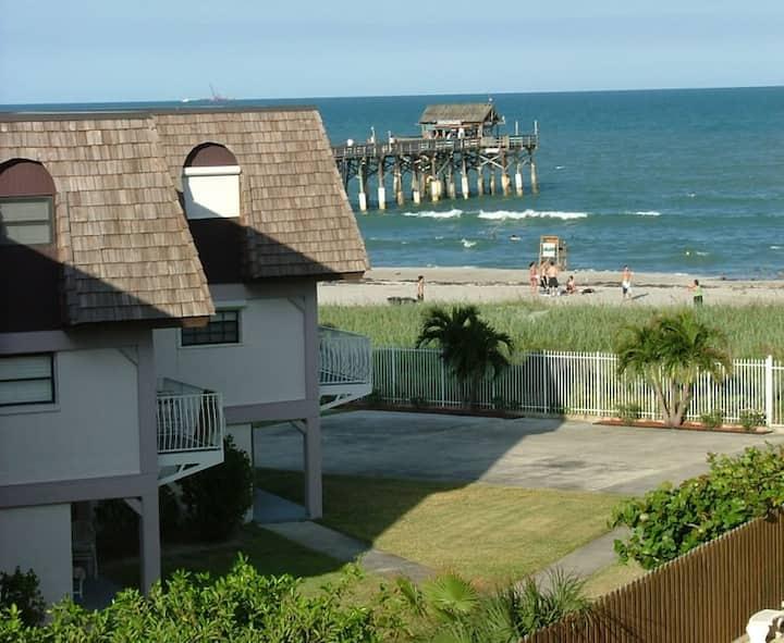 The Cocoa Beach Beach House - 2
