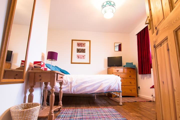 Rear Bedroom - Fulbourn - Bed & Breakfast