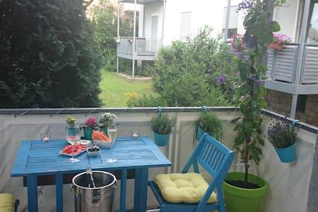 Sehr schöne 60qm Wohnung mit Balkon - Paderborn