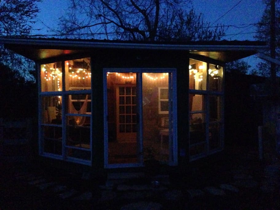 Happy little lights to make the sunroom very cozy :)