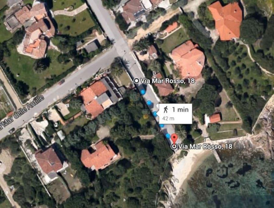 Foto aerea con distanza dalla casa al mare