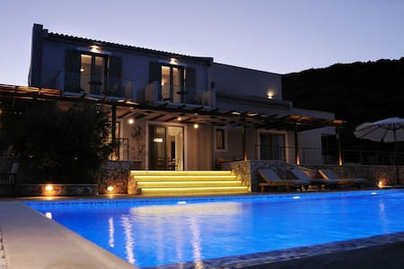 Zante Koutami Villa - Infinity Seascape Retreat