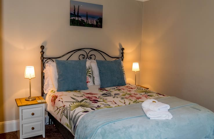 Loch Tarsan double room in Tregortha B&B