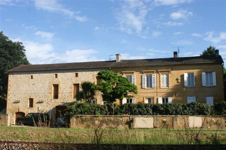 Large Traditional French Farmhouse - Lalinde - Casa