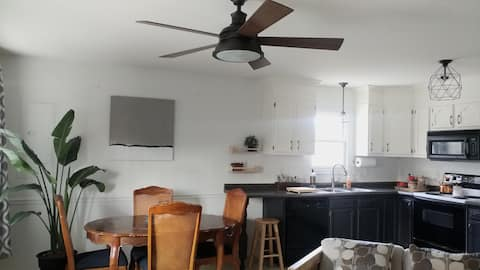 Clean Trendy 3bed 2bath Relax Unplug Family Travel
